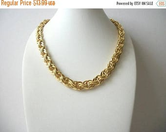 ON SALE Retro Thicker Heavier Gold Tone Links Metal Chain Necklace 8416