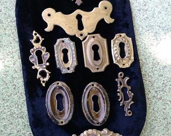 Vintage 1900s Salvage Keyhole Plate Skeleton Key Backplate Furniture Hardware Set of 10