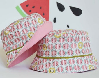 Summer Hat baby girl. Watermelon print. Hat lined in cotton. White, pink, green. Birthday gift