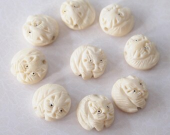1 Bone Hand Carved Cat Bead Or Charm Ivory White Colour Size 17 x 8mm