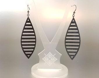 Leather Earrings // Laser Cut . Hand Dyed Black . Minimal . Lightweight // Terrabyte v.11_1 [2]