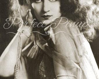 Vintage style Painting of Gloria Swanson 1920s Retro art