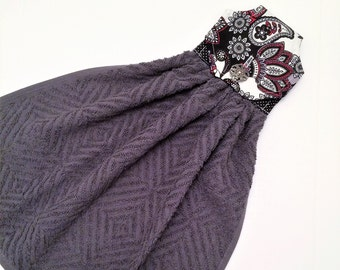 Gray Kitchen Towel, Gray and Black, Hanging Towel, Modern Floral, Gray Decor, Button Top Towel, Fabric Top, Tea Towel, Towel with a Button