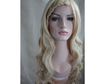 Long Curly blonde Wig. Golden wig. High quality synthetic wig. high heat resistant. made to order.