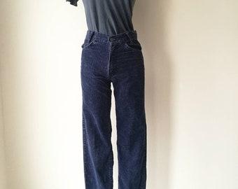 Vintage Levi's corduroy straight leg pants black/dark navy W28'