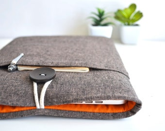 "14"" to 15.6"" Laptop Sleeve 15"" MacBook Pro Case, 15.4 MacBook Cover Unisex Men Padded Linen Laptop Cover - Brown and Orange"