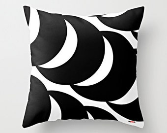 Black and white pillow - Decorative pillow cover - Geometric pillow cover - Scandinavian design - Scandinavian pillow - Modern pillow cover