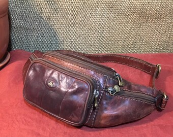 Vintage 1980's Brown Leather Hip Bag Fanny Pack The Bridge