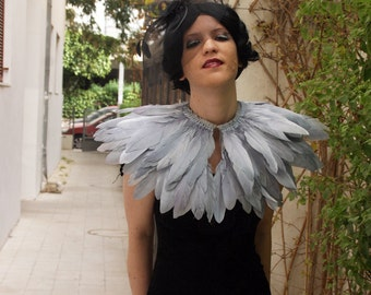 Grey goose  feathers shall.Shoulders  Feathers cape in Grey . gothic decadence costume ,vintage capelet .
