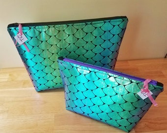 Iridescent Fish Scale Makeup Bag - Gift for Her - Cosmetics Bag - Purple and Teal - Large Make-up Bag - Standing Makeup Bag