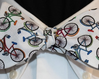 RAINBOW BIKES: Novelty Cotton Bow Tie, for men and women, adjustable Self Tie or 60s Clip On, Bicycles in Colors