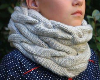 Snood- Scarf-neck- Ready to ship- Wool- Handmade- Knitting/Needlework