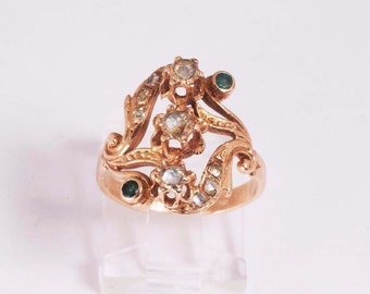 Unique  Diamond and Emerald Ring rose cut diamonds, size 6.5, 14k  4.1 grams