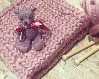 Chunky knit pram blanket