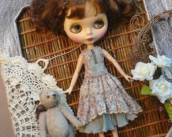 Blythe dress, Blythe clothes, Dress for Blythe,  a dress in a flower, vintage dress, Pullip dress, pullip clothes,  blue dress