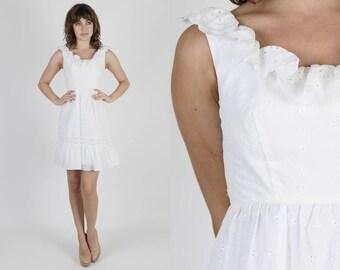 Boho Wedding Dress White Dress Boho Dress Lace Dress Embroidered Dress Vintage 70s Eyelet Dress Bridesmaids Hippie Prairie Mini Dress S