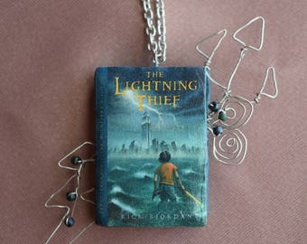 Percy Jackson and the Olympians: The Lightning Thief Necklace
