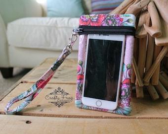 Phone Case - phone wallet case - queen of hearts - gadget case - phone wristlet case - wristlet phone case