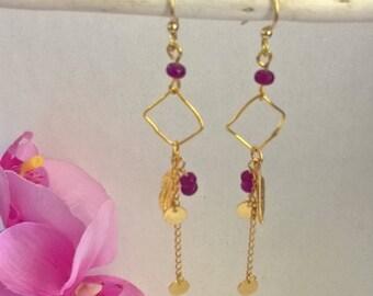 Boucles d'oreille or pierre gemme violette-boucles d'oreille fine-bijou délicat-cadeau femme-bijou géométrique-boucle d'oreille mini disque