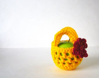 Apple Cozy - Small Crochet Bag - Handmade Fruit Cozy - Teacher Gift - Apple Jacket - Fruit Pouch - Small Gift Bag - Back to School Food Cozy