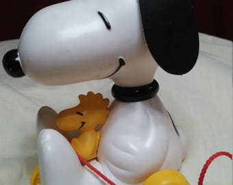 VINTAGE Snoopy and Woodstock Pull Behind toy