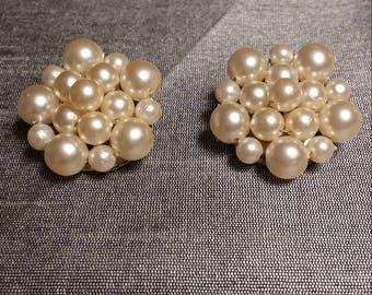 Vintage Faux Pearl Cluster Clip On Earrings - Hong Kong