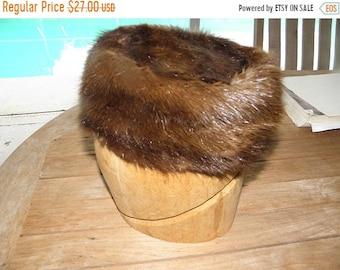 10% OFF Vintage Genuine Mink Pill Box Hat