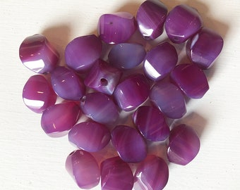 16 x 10mm Smooth Purple Agate Wavy Cube Beads
