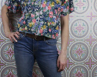 90's Blue Floral Crop Top, Ditsy Flower Print Oversized  Short Sleeve Button Down, Size Small