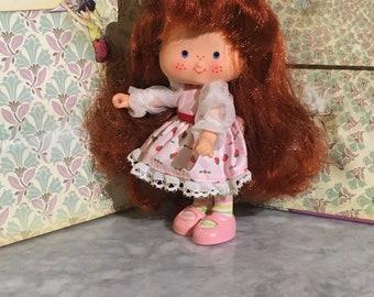 1985 Strawberry Shortcake Berrykin Doll- Excellent Condition
