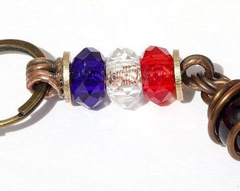 """Keychain with 3 washers and a wrappee glass bead in copper: """"Blue white red"""" - Amber"""