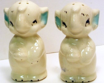 Elephant Salt & Pepper Shakers, American Bisque Pottery, Ceramic, Ivory, Aqua, Pink, Cork Stoppers, Baby Elephants, Free US Shipping