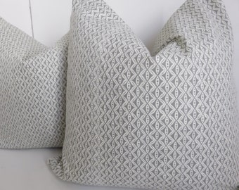 Gray pillow cover,18x18 Pillow cover, White pillow Cover, Gray white pillow, Pillow cover