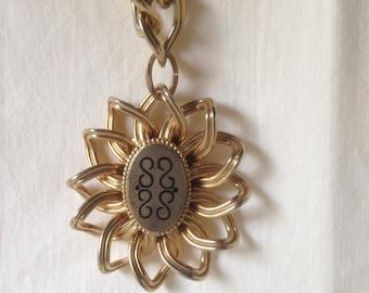 Vintage Chunky Goldtone Bracelet Chain Link Bracelet Flower Charm Bracelet Boho