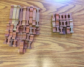 Incomplete 1970's Lincoln Logs for replacement