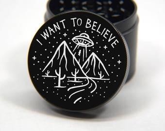Laser Engraved Herb Grinder - UFO I Want To Believe Artwork Design 4 Piece Grinder #200