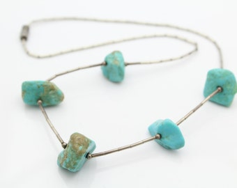 Southwest Style Sterling Silver and Turquoise Nuggets Beaded Necklace. [8211]