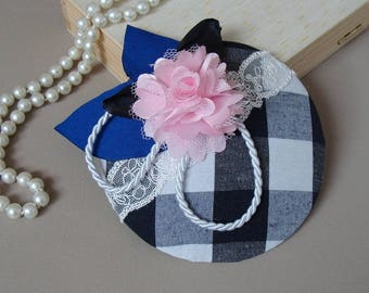 fascinator flower on a chessboard