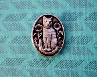 Cat Pewter Pin, Signed Pewter Pin, Oval Cat Brooch Pin, Signed Vintage Pin, Ms Dee
