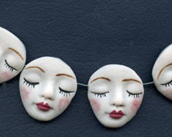 """Lot   of 4 White   Polymer Detailed Angel Face  Beads  1 1/4 """" x 1""""  Side Drilled WANB 1"""