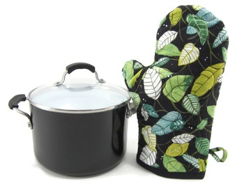 Black and Green Oven Mitt, Quilted Oven Glove, Insulated Pot Holder - Green Leaves on Black Cotton Potholder