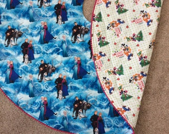 "Disney Christmas Tree Skirt - Reversible quilted tree skirt - ""Frozen"", Mickey and Minnie"