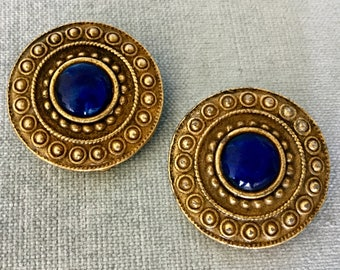 Divine LES BERNARD Signed ETRUSCAN Gripoix Glass Lapis Cabochon Earrings Huge Clip-on Moghul Gold Metal Vintage Rare Designer Runway Couture