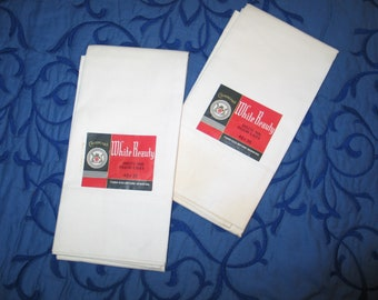 """NOS Pair of Pillow Cases-""""Cavencraft- White Beauty""""  -Deadstock-New Original Tag-"""