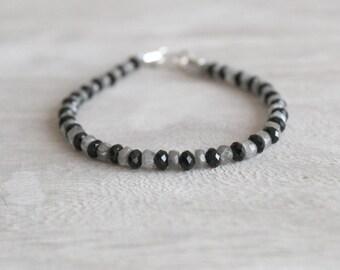 Herren-Armband mit Onyx und Labrodorite Steinen