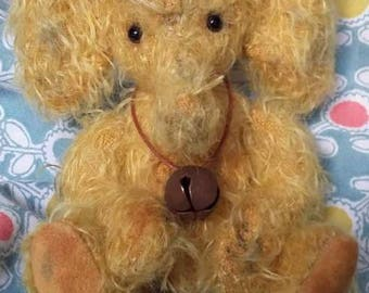 Goldie..5 inch schulte mohair elephant OOAK