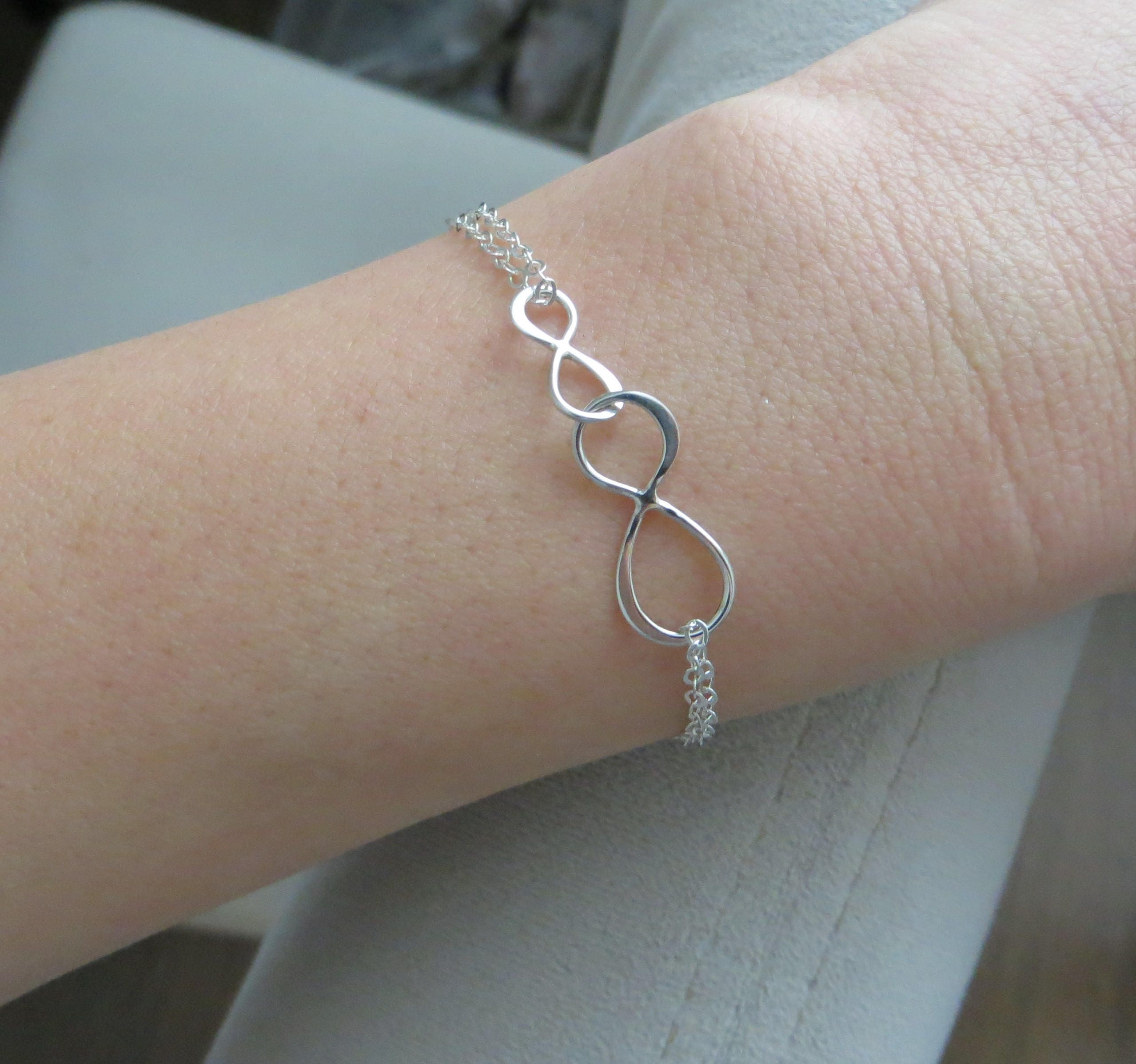 jewelry mother interlocking bracelet cropped bracelets day jennifer circles products silver two mothers daughter x gift infinity circle sterling