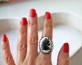 Unicorn ring in white black Fantasy Kawaii lolita magic egl