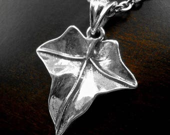 Silver necklace,silver leaf necklace,silver ivy pendant,nature jewelry,ivy leaf necklace,poison ivy pendant,ivy leaf pendant,boho necklace