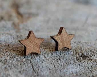 mignonnes puces en bois étoile // cute studs earrings wood star (bo-1064)